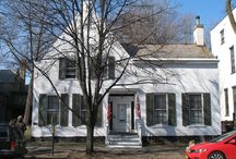 Double Dutch / Dutch Colonial Architecture, 1625-1840. Single story (less commonly one and one half stories, rarely two) with side gabled or side gambreled roof with little or no rake (side) overhang. Most originally had entrance doors divided into separately opening upper and lower halves.  / by Skyler Tippetts