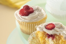 Food - muffins and cupcakes / by The Organised Housewife