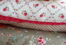 Kissen / pillows / by Anna Dreier