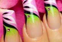 Acrylic nails / by elizabeth hernandez
