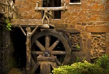 Whimsy Water Wheels / by Mimie Ramos