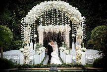 Aisle Style / Awesome wedding decorations / by April Twenty Five