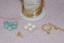 Beading & Jewelry / by Robin Belcher