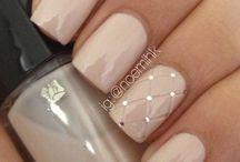 ooooo la nails / by Rebecca Hiebert