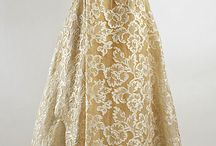 Dresses / by Anastasiya Z