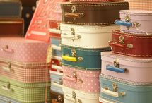 Vintage Suitcases...Love these:) / by Carolyn Laws