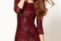 The Perfect Christmas Dress / by Samantha Sell
