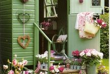 Camper ~ Gypsy Caravan Decor / Bright and colorful Bohemian style. / by Robin Mundy