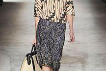 Batik, Tenun dan ikat indonesia / by Evangeline Trihutama