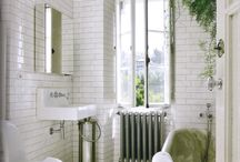 Interiors: Bathing / by Sarah Ehlinger