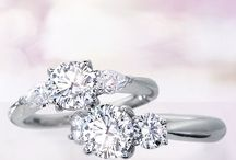 Engagement rings!!! ❤️ / by Hannah Burkholder