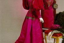 Women's Fashion - 1900-1910 / by Sandi James