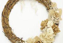 Wreaths / by Bobbie Hallberg