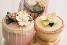 cakes / by Jessica Zacharias