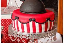Creative Cakes / by Sherry Ortega