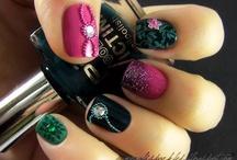 Nails! / by Lisa Davis