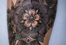 Ink e altri marchi sulla pelle / Tutti i tatuaggi che amo e tutto lo spazio epidermico che non avrò mai. / by Giorgia Faccia