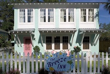 Beach Houses & Beach Decor / by Between Naps On the Porch