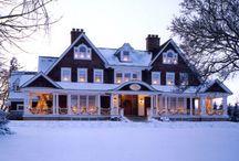 Houses  / by Rachel Deerfield