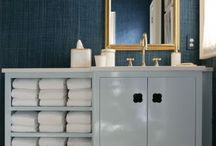 Bathrooms / by Chelsea Backman