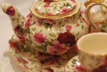Time for tea / by Diane Minchew