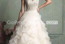 Wedding ideas / by Simone Moore