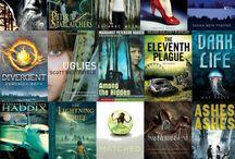 Books to read / by Lexie Mortensen