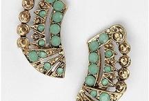 accessories <3 / by Rukhsar Khan