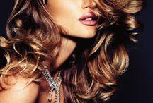Hair && makeup / by Savannah Bon