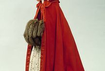 18th Century Mantles and Cloaks / by Jenny D'Onofrio