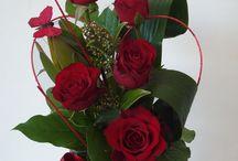Floral arrangement / by Leni E