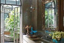 Bathrooms / by Jane Dough