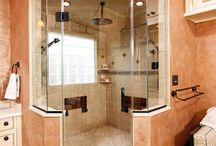 Home... Bathrooms / by Jillian Kellenberger