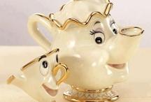Tea-coffe-chocolate pots / by Maria Liarou