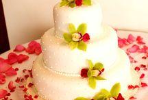 Wedding Cake ~ Table Idea / by City Club Los Angeles
