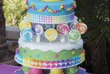 Cakes & Sweets / by Emily N Gibson
