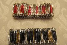 bracelet épingles / by Corina Tobescu