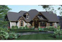 house plans / by Danielle Landholt