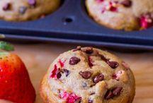 Bread & Muffins / by Katrina Scheidegger