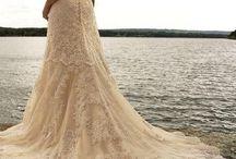 Wedding / by Lesley Yuen