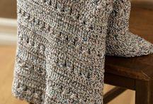 Hooked on Crochet / by Rosie Sobiesiak