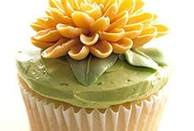 Awesome Cakes, etc / Examples of beautifully decorated cakes, cake pops, cookies, and cupcakes / by Kathy Golden