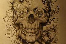 Tattos / by Aline Moraes