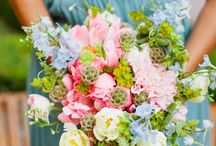Bridal Bouquets  / Set the tone for your wedding with a beautiful bridal bouquet / by Creations by Leslie