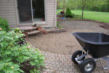 Gardening/Outdoors / by Lesleigh Heyes