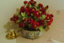 SUA CASA ACONCHEGANTE COM FLORES!!!!!!!!! / Arranjos  com flores permanentes de vários estilos , para a casa toda! / by Regina Albuquerque