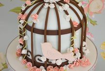 Beautiful Yummy Cakes, Cupcakes, Cookies... / by Nor Aini