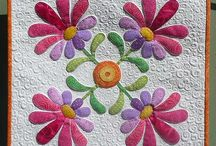 Applique Blocks- Flowers / by Jimmie Hardin