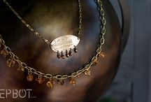jewelry / by Varia Sonersen