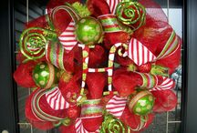 Wreaths / by Donna Gallup
